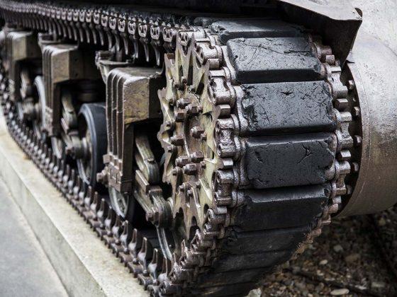 Chenilles d'un char